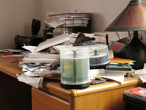 Getting Organized: Minimizing Clutter In 4 Easy Steps
