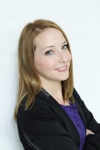 Angela Molloy Headshot