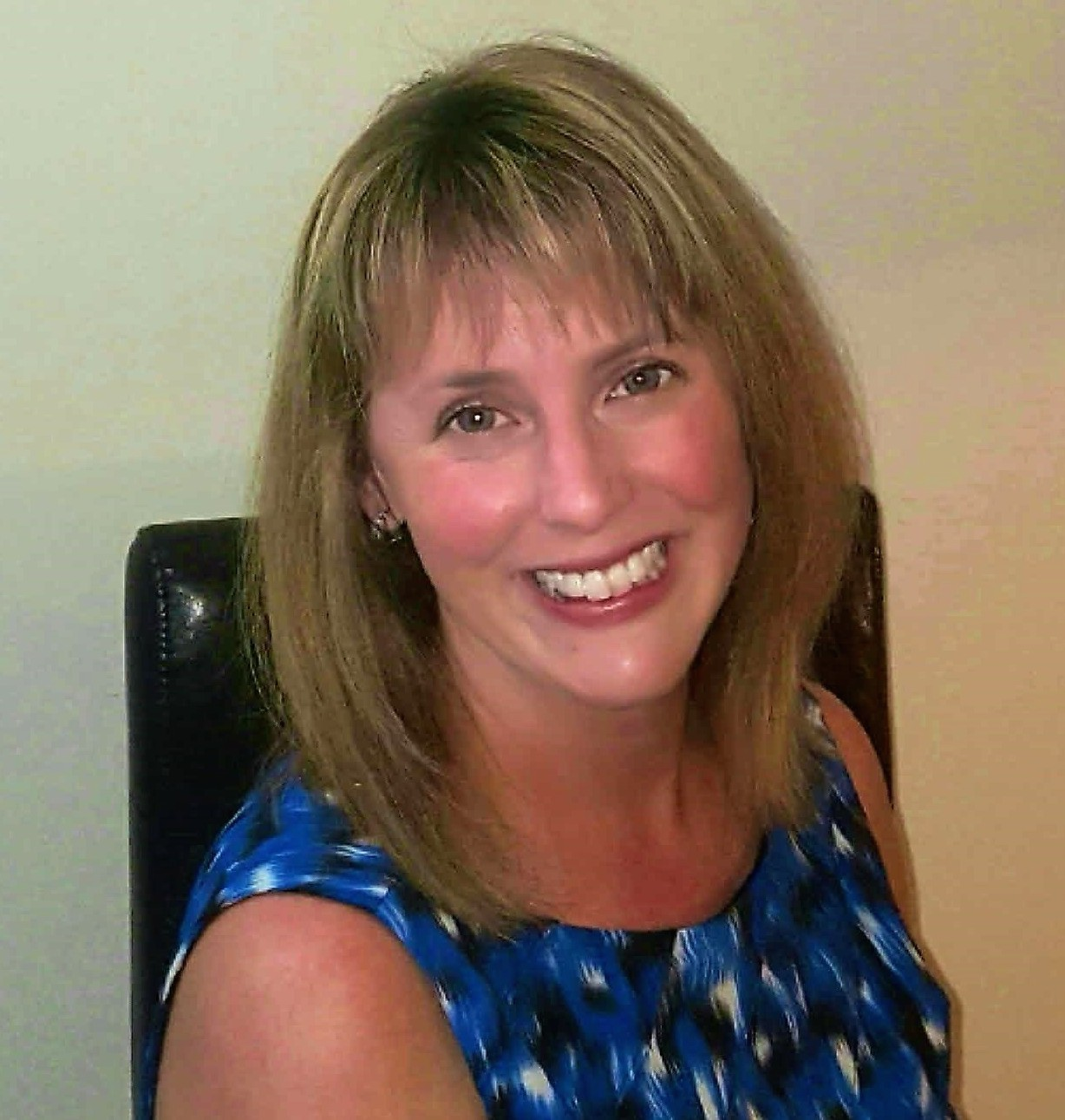 Lauren Saunders is an Executive Function coach with Beyond BookSmart