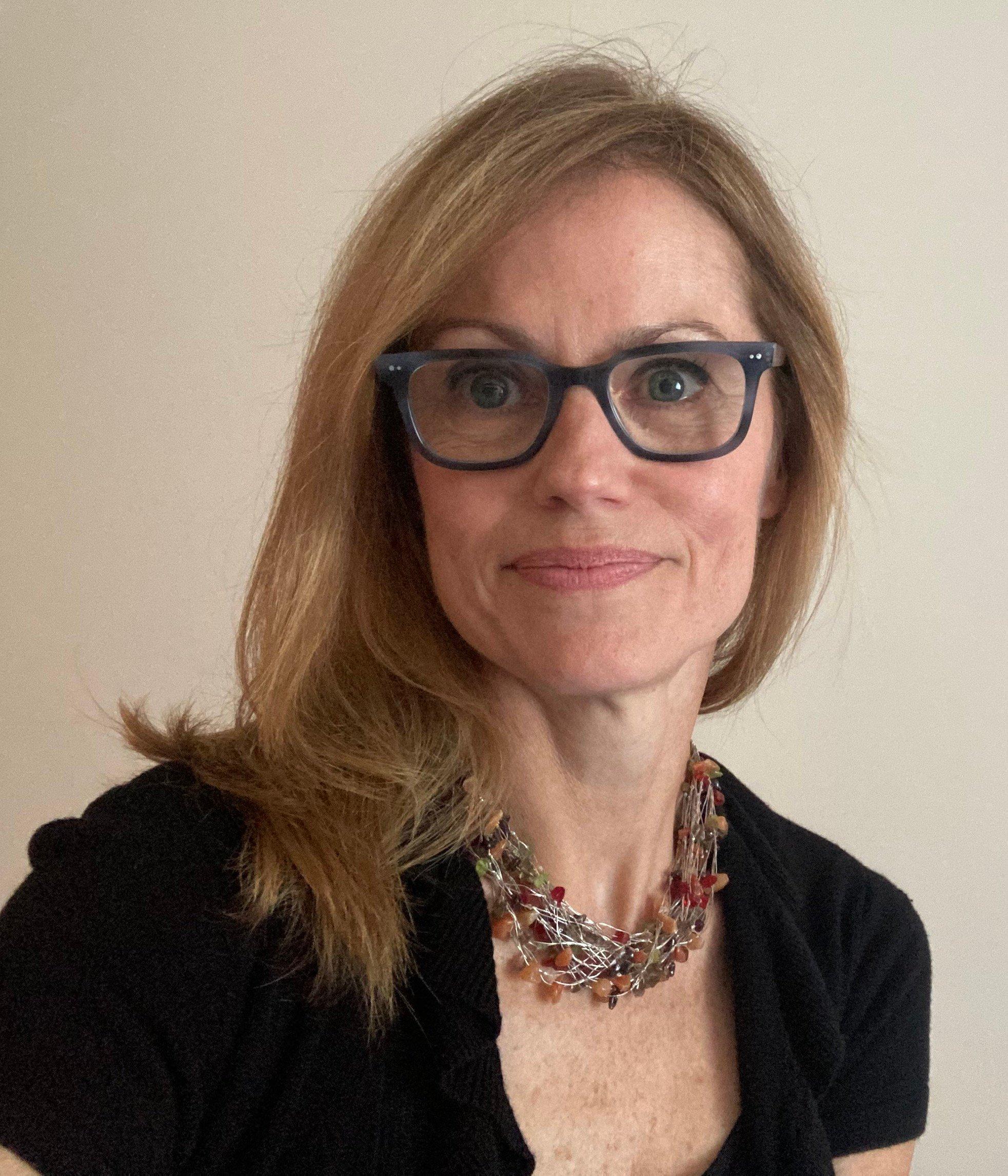 Susan Lohman headshot